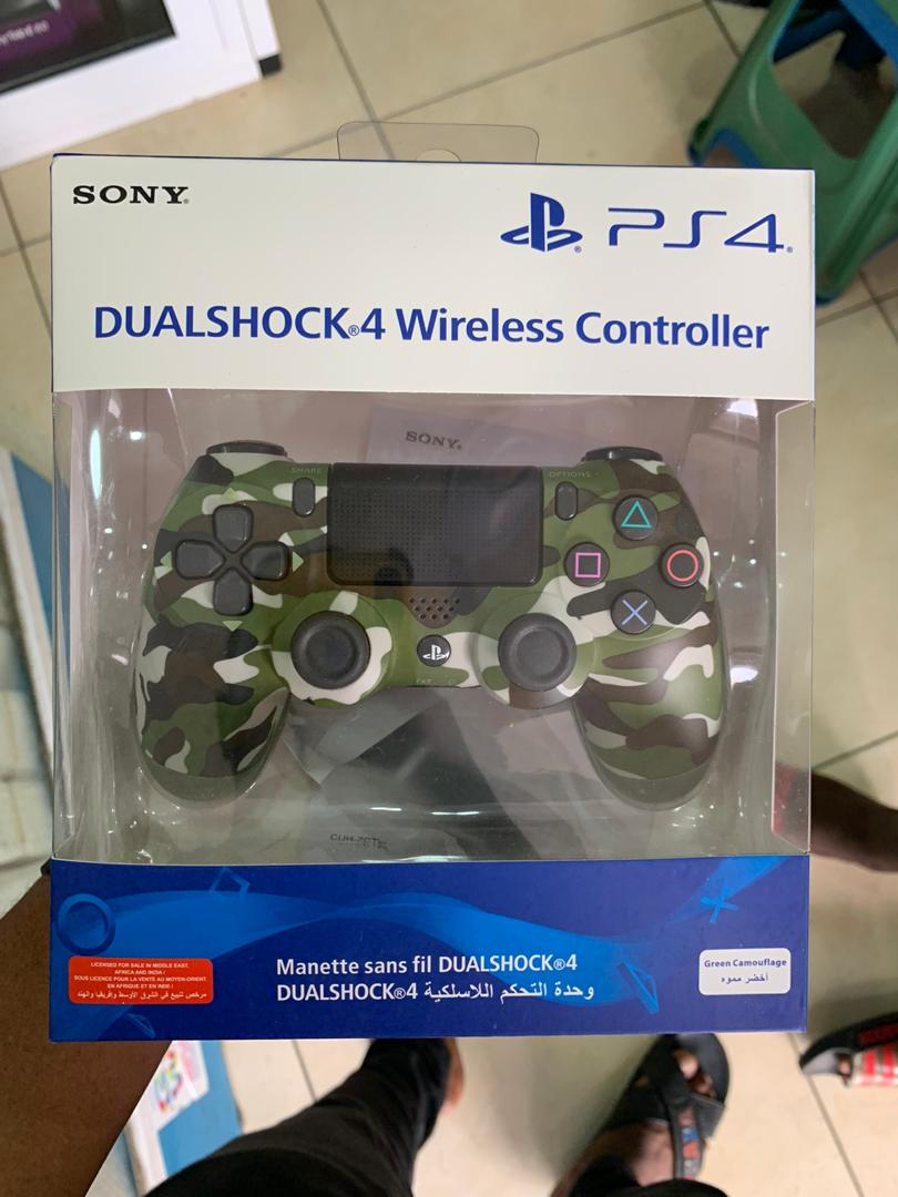 dualshock 4 wireless controller (playstation)